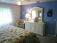 Master Schlafzimmer. KLICK aufs Bild vergroessert es. Spaeter grosses Bild schliessen mit (x).